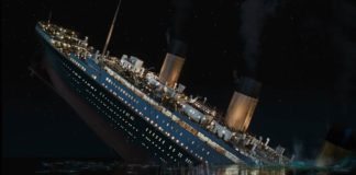 Titanic ship was sinking on 14 April 1912 at 2:20am